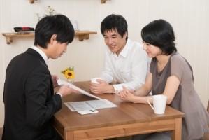幅広い分野の営業ツールとして効果的な「パンフレット」