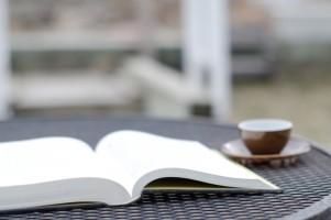 上製本、並製本、無線綴じは何が違う?製本方法の種類と特徴について